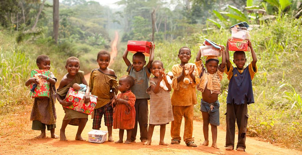 https://ambacamcaire.com/wp-content/uploads/2016/05/PlanTargetMarketing_Cameroon_Christmas_1024x1024.jpg